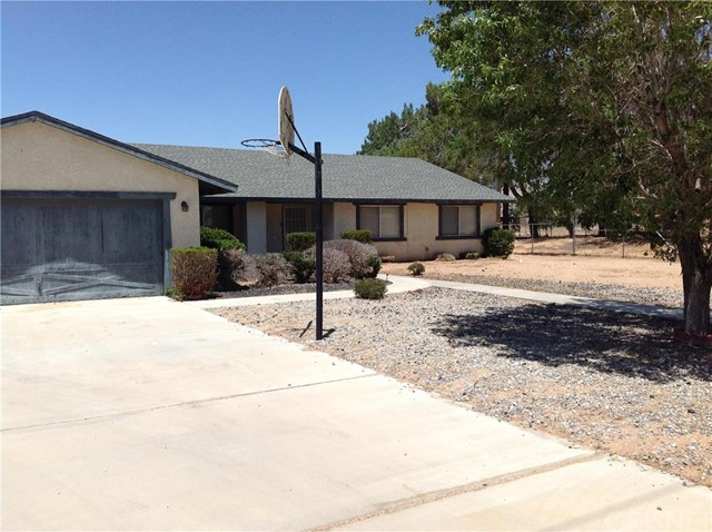 Property for sale at 21350 Standing Rock Avenue, Apple Valley,  CA 92307