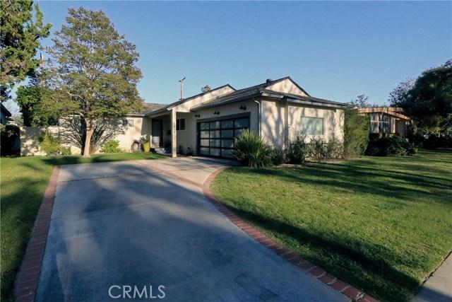 5808 GRAVES Avenue, Encino CA: http://media.crmls.org/mediascn/ed85c98f-88da-4b3a-bc3b-c2f3407d6cc4.jpg