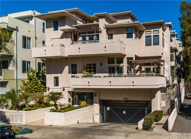 11847 Laurelwood Drive #105, Studio City, California 91604- Oren Mordkowitz