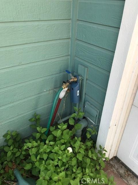 383 Mara Avenue, Ventura CA: http://media.crmls.org/mediascn/edee407a-42be-4b47-9eec-e1fbafbcef87.jpg