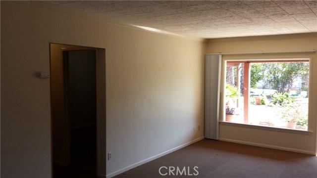 17540 Kingsbury Street, Granada Hills CA: http://media.crmls.org/mediascn/ee203a97-1f74-4b2a-be81-ec657dc2695e.jpg