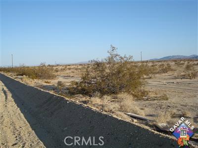 6243110 Amboy Rd. 29 Palms, CA 0 - MLS #: SR17118525