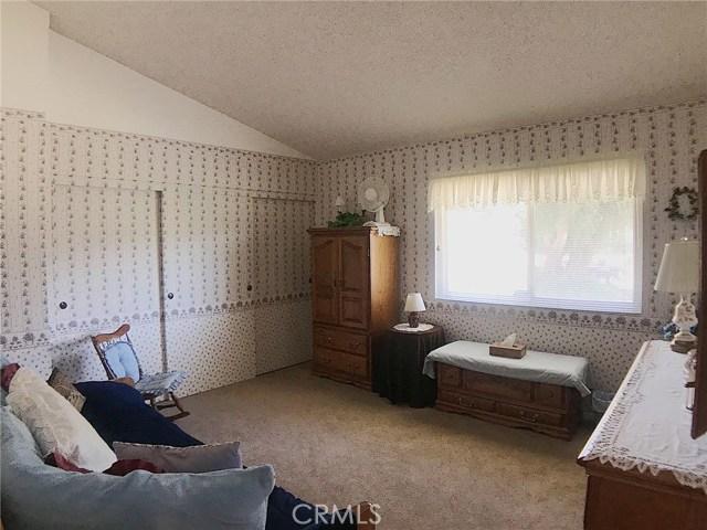 7272 Cirrus Way, West Hills CA: http://media.crmls.org/mediascn/ee298dca-c577-4ee5-a4e7-def1d6c0e04c.jpg