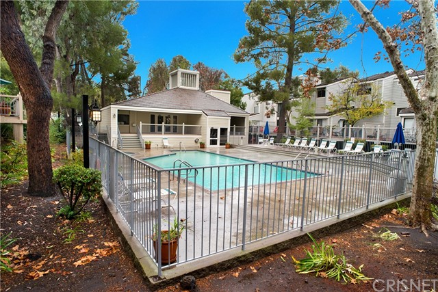 Additional photo for property listing at 1230 Westlake Boulevard Unit D 1230 S Westlake Boulevard Westlake Village, California 91361 United States