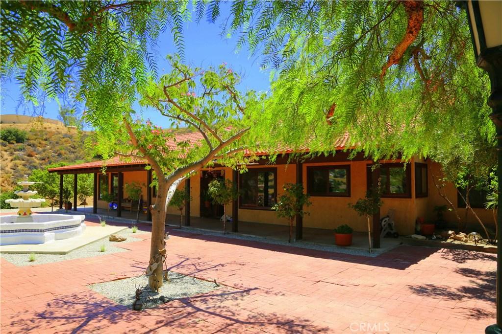 9241 YUCCA HILLS Road, Agua Dulce, CA 91390