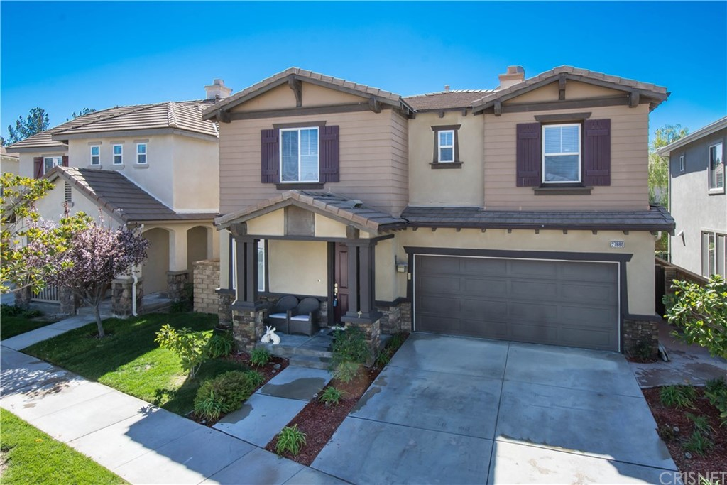 Property for sale at 27660 Grassy Knoll Lane, Valencia,  CA 91354