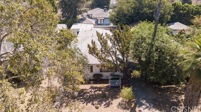 5228 Tilden Avenue, Sherman Oaks CA: http://media.crmls.org/mediascn/eea6090e-ad00-422a-a49c-5f88a9fc13d5.jpg