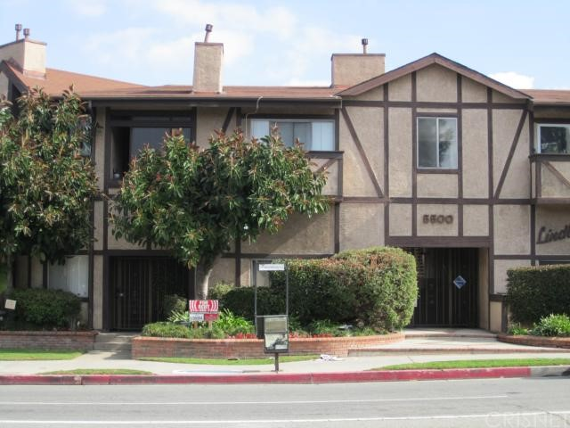 Property for sale at 5500 Lindley Avenue #218, Encino,  CA 91316