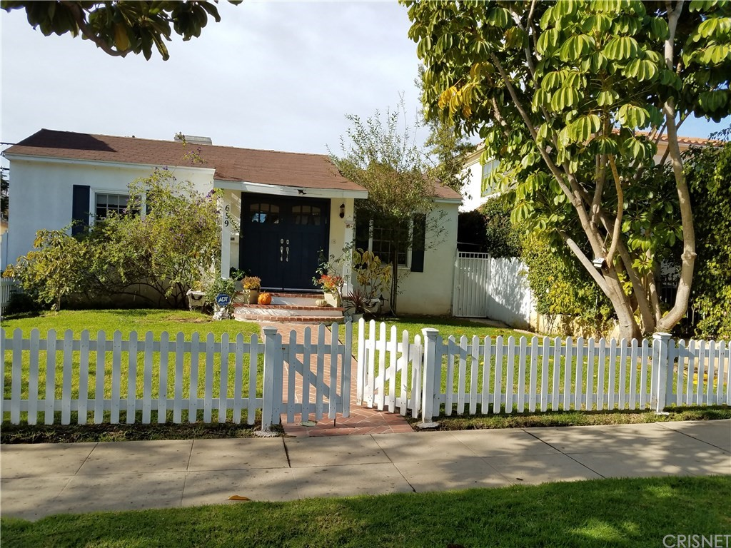Property for sale at 659 South Gretna Green Way, Los Angeles,  CA 90049