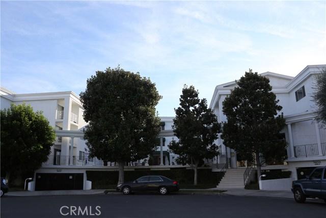 Photo of 4520 Natick Avenue #211, Sherman Oaks, CA 91403