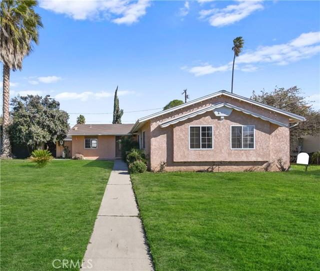 7338 Shoup Avenue, Canoga Park, CA 91307