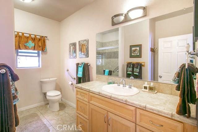 15312 Mil Potrero, Pine Mtn Club CA: http://media.crmls.org/mediascn/f0027fe1-0eef-41d5-b5b7-32c43f180d87.jpg