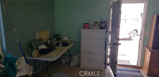 43039 Vac/Vic Avenue K13/20th Ste, Lancaster CA: http://media.crmls.org/mediascn/f0154460-eea1-4637-9419-19c06e2c058a.jpg