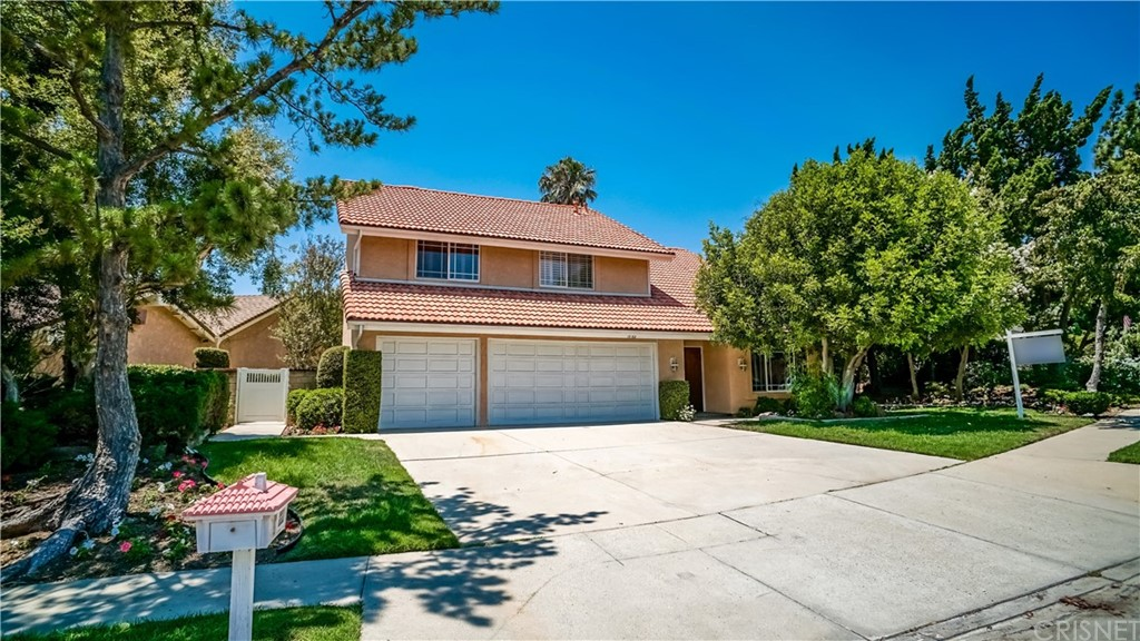12153 KRISTOPHER Place, PORTER RANCH, CA 91326
