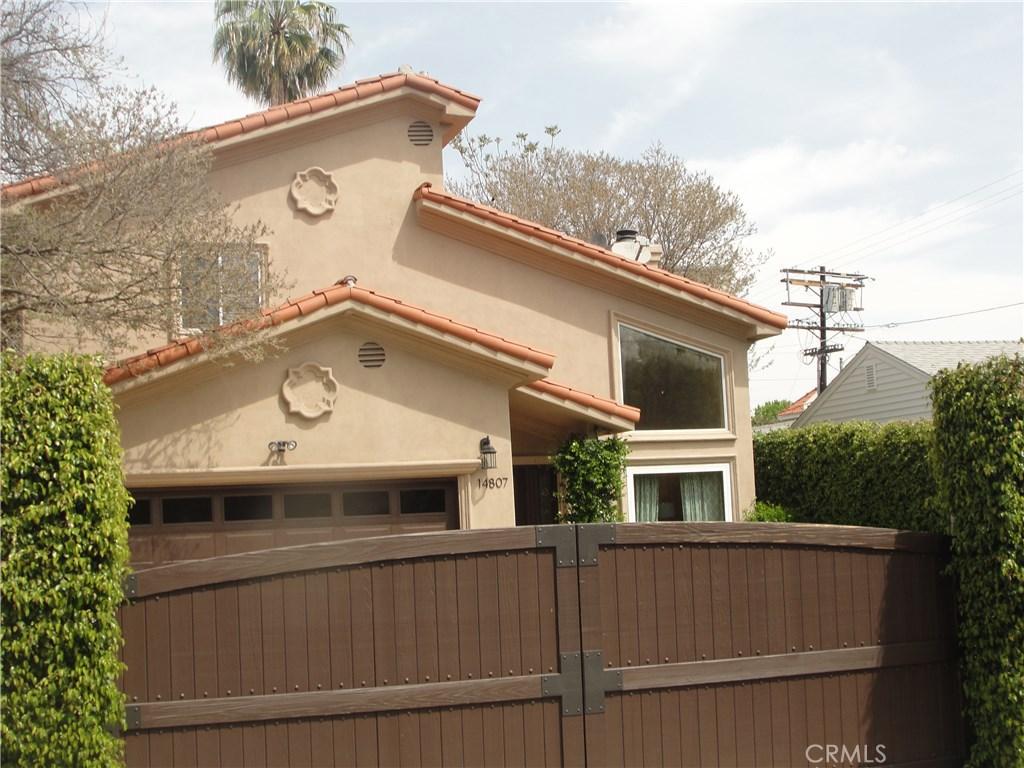 14807 Hartsook Street, Sherman Oaks, CA 91403