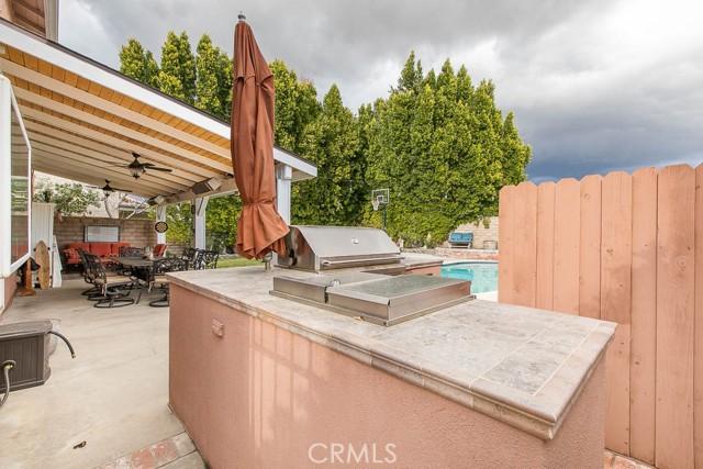 23064 Enadia Way, West Hills CA: http://media.crmls.org/mediascn/f16a987b-ee77-4db1-a86b-fb18abdd9954.jpg