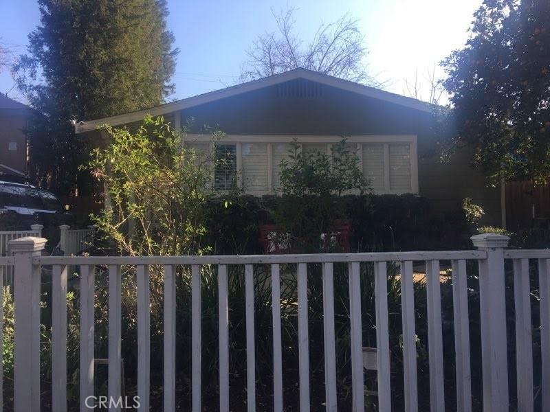 Photo of 22126 De La Osa Street, Woodland Hills, CA 91364