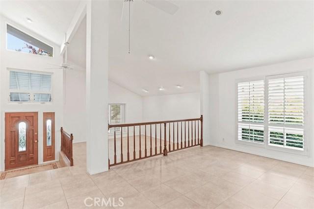 23600 Blythe Street, West Hills CA: http://media.crmls.org/mediascn/f17afa41-7502-4346-b09c-01571f13e103.jpg
