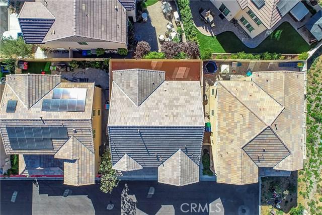 22025 Windham Way, Saugus CA: http://media.crmls.org/mediascn/f1b7ee27-e379-468d-b96e-bd677f342d0c.jpg