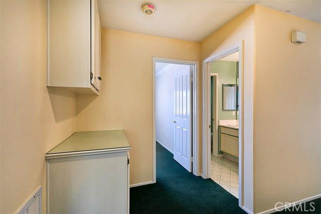26061 Salinger Lane, Stevenson Ranch CA: http://media.crmls.org/mediascn/f21ee40c-f8b1-4ba0-84b4-90d374fad5c7.jpg