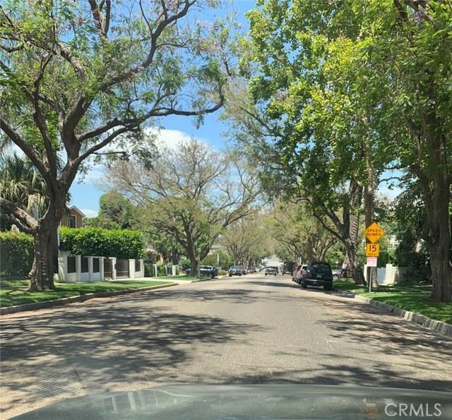3680 Dixie Canyon Avenue