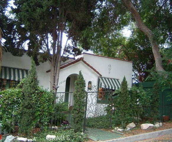 1632 Lucretia Avenue, Echo Park (L), CA 90026