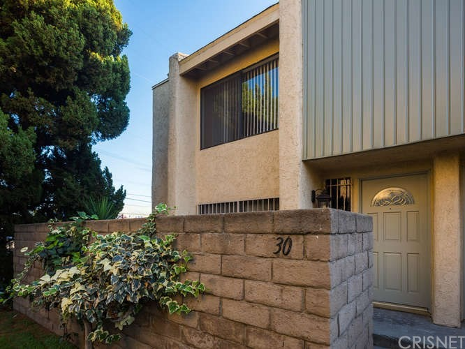 Photo of 8633 BALBOA BOULEVARD #30, Northridge, CA 91325