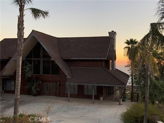333 Moonrise Drive, Malibu CA: http://media.crmls.org/mediascn/f2b82845-71a3-4a0a-89b6-797cc2ff9dd5.jpg