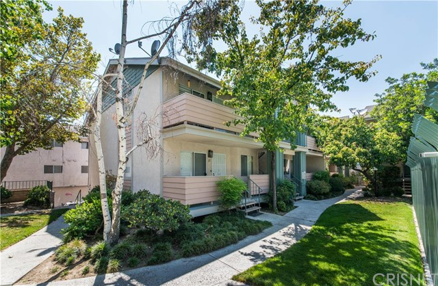 Property for sale at 13144 Bromont Avenue #24, Sylmar,  CA 91342