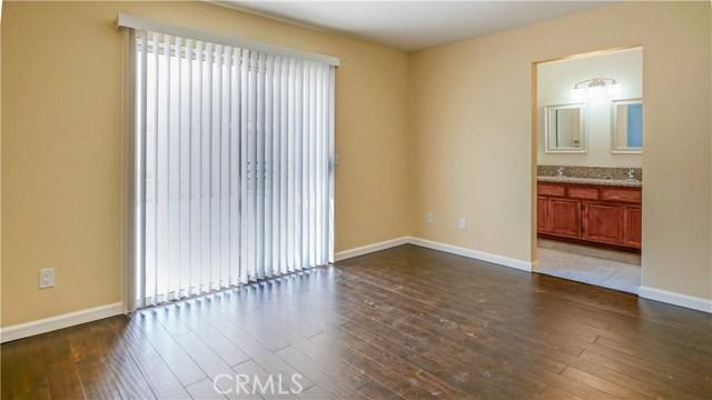 44919 Fenhold Street, Lancaster CA: http://media.crmls.org/mediascn/f3295f1f-3a7b-4a27-8ddd-fc69f1aef2d5.jpg