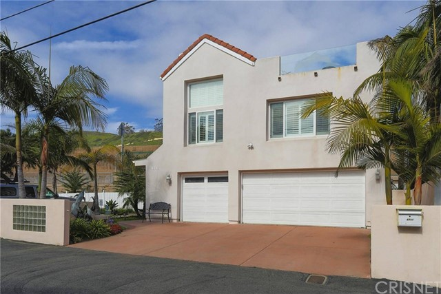 6741 Breakers Way Ventura, CA 93001 is listed for sale as MLS Listing SR17076082