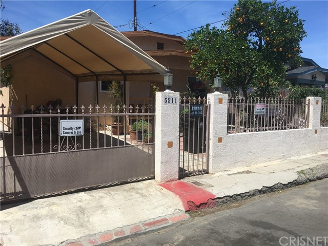 Single Family Home for Sale at 5811 Fair Avenue 5811 Fair Avenue North Hollywood, California 91601 United States