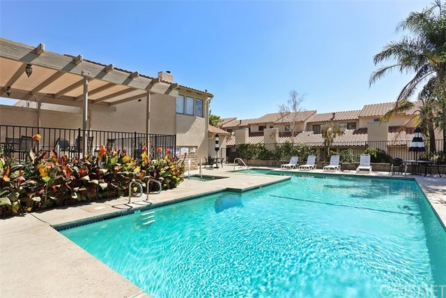 10444 Canoga Avenue Unit 44 Chatsworth, CA 91311 - MLS #: SR17226164