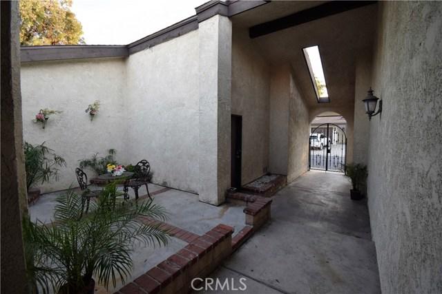 1980 W Bayshore Dr, Anaheim, CA 92801 Photo 17