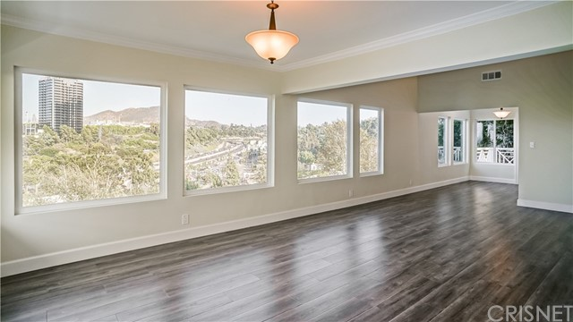 3907 Fredonia Drive Los Angeles, CA 90068 - MLS #: SR17234427