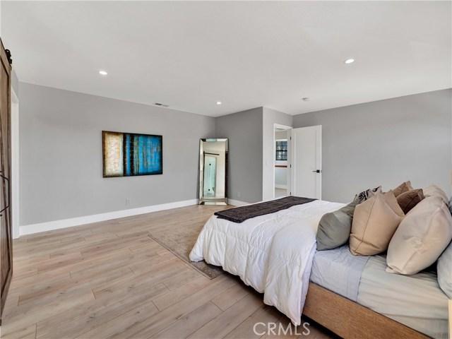 2617 S Spaulding Avenue, Los Angeles CA: http://media.crmls.org/mediascn/f3d7155f-6ffa-484a-9bfb-4f0f2221ae6d.jpg