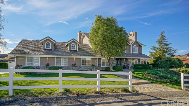 Single Family Home for Sale at 30625 Remington Road Castaic, California 91384 United States