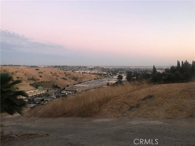 4315 Tourmaline Street, Los Angeles CA: http://media.crmls.org/mediascn/f44d52d3-7e24-4b47-b365-48d477152275.jpg