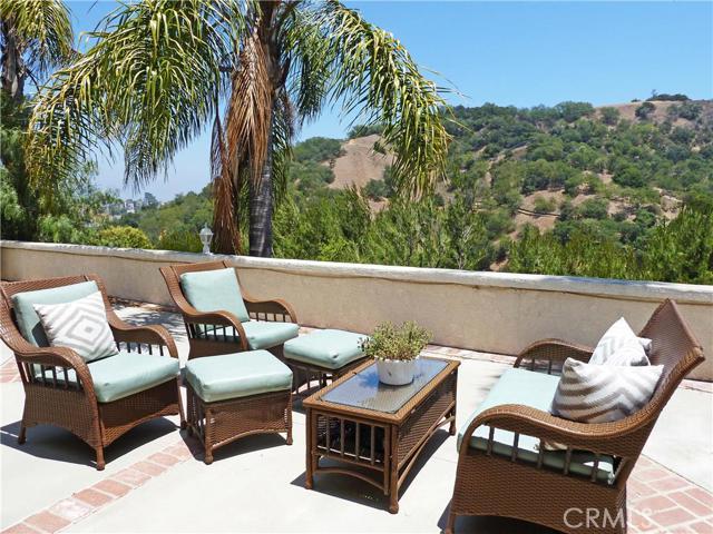 3364 Longridge Terrace, Sherman Oaks CA 91423