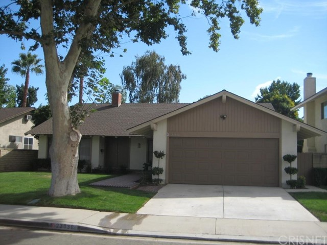 Single Family Home for Rent at 23936 Via Aranda Valencia, California 91355 United States