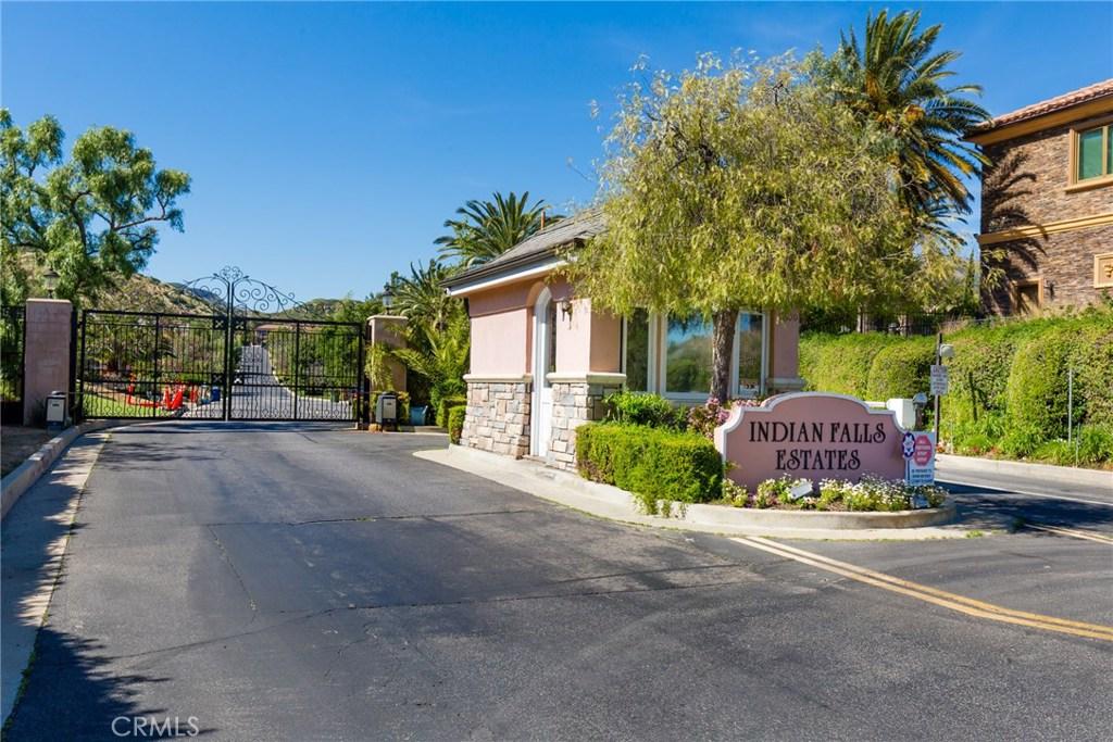 11817 MACODA Lane, Chatsworth, CA 91311
