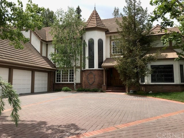 4637 Westchester Drive  Woodland Hills CA 91364
