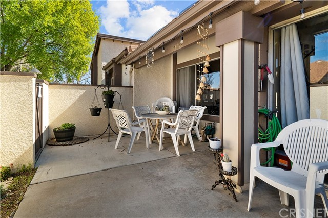 Detail Gallery Image 1 of 1 For 24653 Masters Cup Way, Valencia,  CA 91355 - 3 Beds | 2/1 Baths