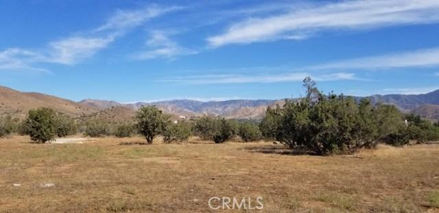 33062 Crown Valley Road, Acton CA: http://media.crmls.org/mediascn/f600c4f5-7c32-48ad-afce-f6cca78567b7.jpg
