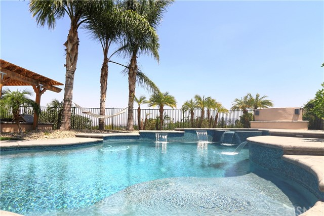 25804 London Place Stevenson Ranch, CA 91381 is listed for sale as MLS Listing SR16744956