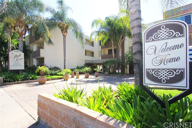 5325 Newcastle Avenue Unit 143 Encino, CA 91316 - MLS #: SR17097984