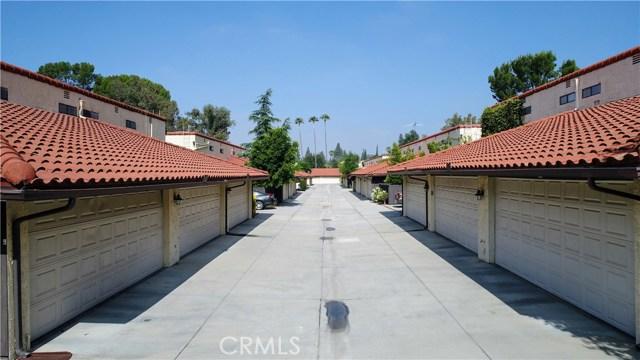 10126 Reseda Boulevard, Northridge CA: http://media.crmls.org/mediascn/f6546e2e-9949-4f18-a93e-5f9193df8228.jpg