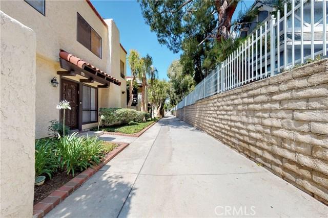 10126 Reseda Boulevard, Northridge CA: http://media.crmls.org/mediascn/f6a85a0b-6702-44bb-9a63-d335c62332b7.jpg