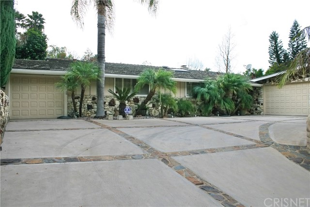 Single Family Home for Sale at 3533 Woodcliff Road 3533 Woodcliff Road Sherman Oaks, California 91403 United States