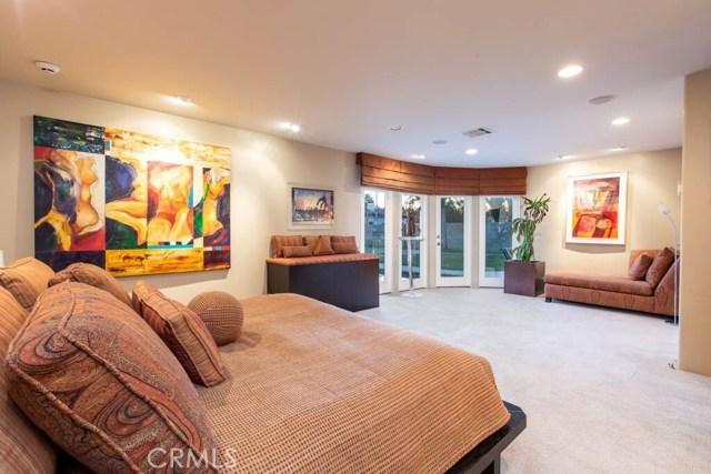 22914 Calvert Street Woodland Hills, CA 91367 - MLS #: SR18282012